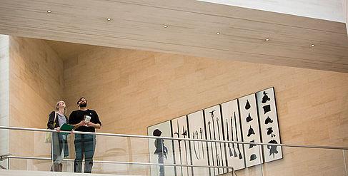 Studierende im Museum