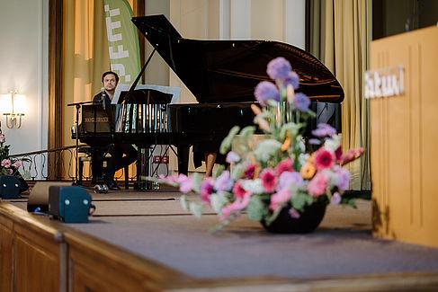 Musiker am Klavier