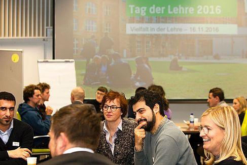 Diskussion während der Tagung